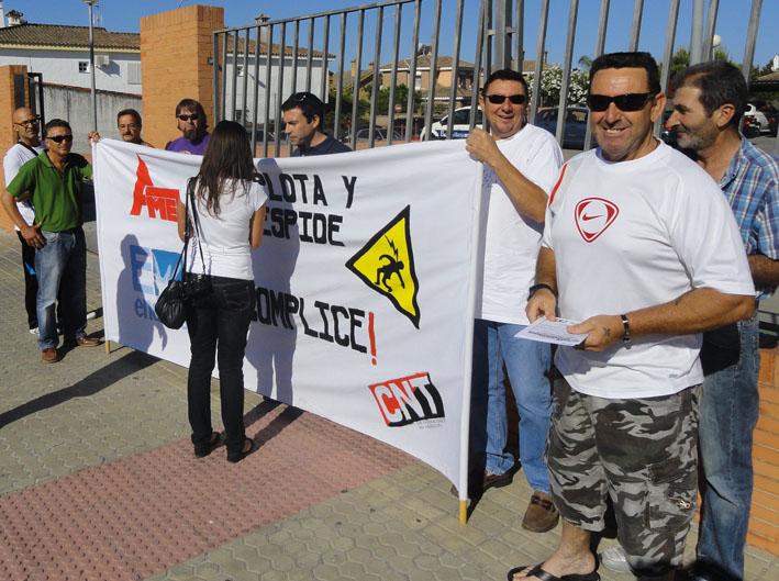 Concentraci n de trabajadores de ametel ante la sede de endesa en el puerto de santa mar a - Endesa el puerto de santa maria ...